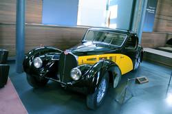 1937 - Bugatti T57S (1).jpg