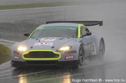 Aston Martin V8 Vantage-7-2.jpg