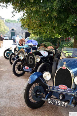 Bugatti Alta Risoluzione (2).jpg