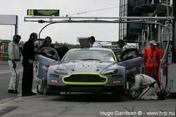 Aston Martin V8 Vantage-7.jpg