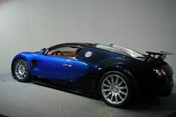 2005 - Bugatti Veyron EB 16.4 -16-8000-1050-408,47 (2).jpg