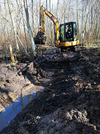 Kuivenduskraavi kaevamine.jpg