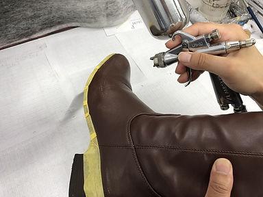 靴 ブーツ 色かけ 補色