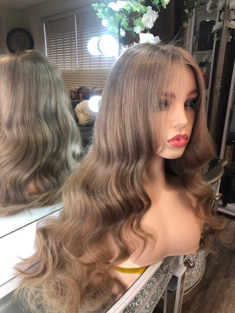 Lace frontal handmade wig - Soft golden brown