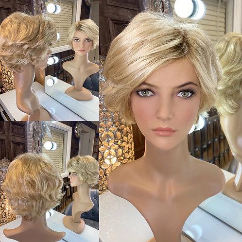 Honey Blonde Waved Pixie Fibre Wig