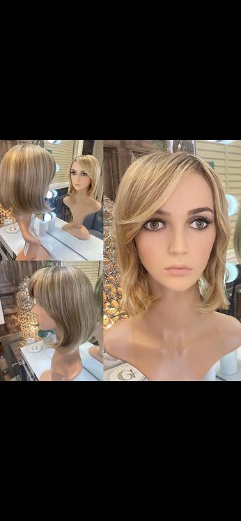 Honey Blonde Ombré Bobbed Human Hair Wig