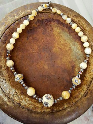 marketplace necklace