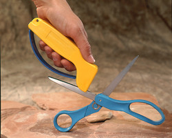 002_ShearSharp_with_Scissors_lge