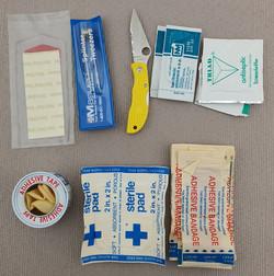 Spyderco Cut kit contents