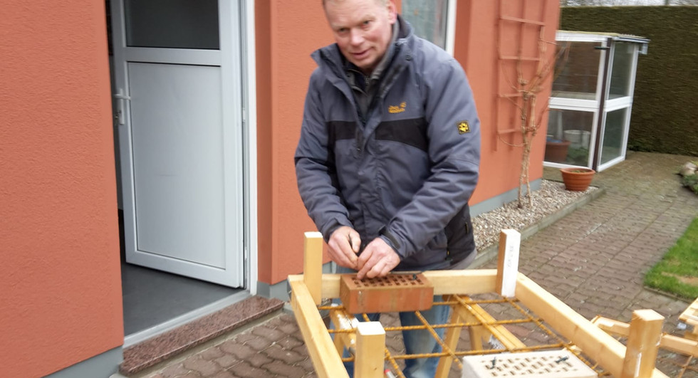 Heinz beim bauen