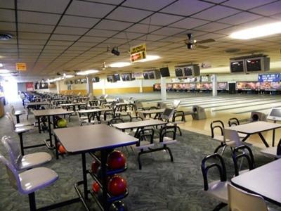 Bowling Ally 1.JPG