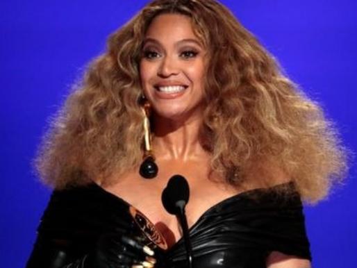 Dona dos recordes: Beyoncé se torna a maior vencedora da história do Grammy Awards