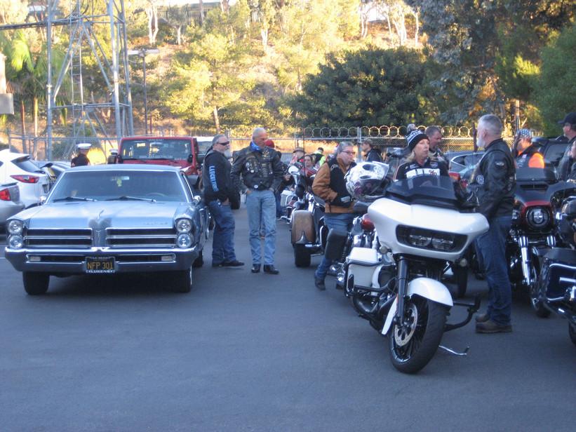 Harleys, cars, Jeep, Can-Am, Stars