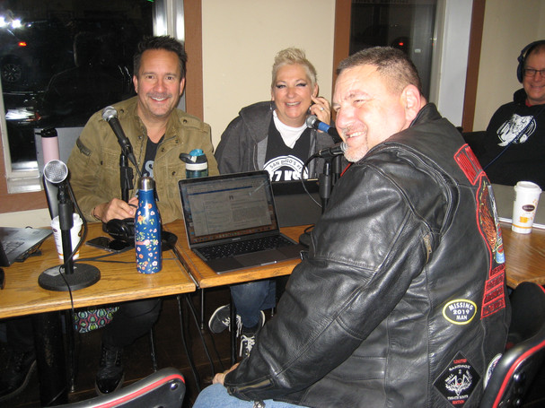 Mike with John and Tammy of KSON