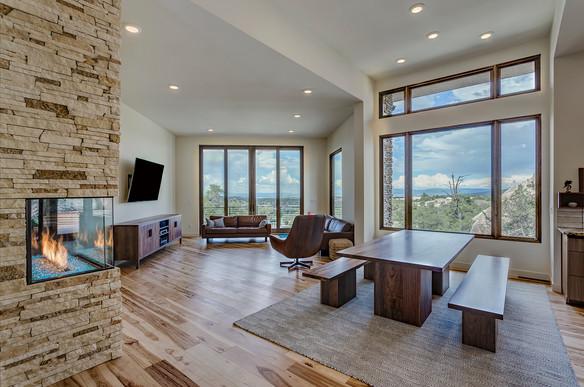Ridgewood Interior 07.jpg