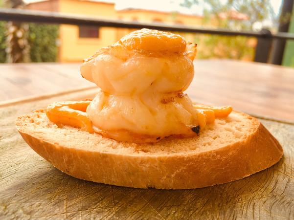 Tapa de camarón alioli