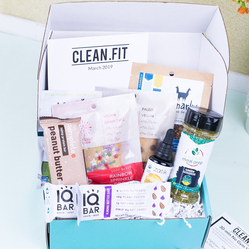 March plant-based CLEAN.FIT Box
