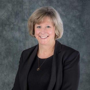 Patricia Quinn (NNEPRA) honored for committment to passenger rail