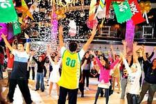 ריקוד בר מצווה עם החברים