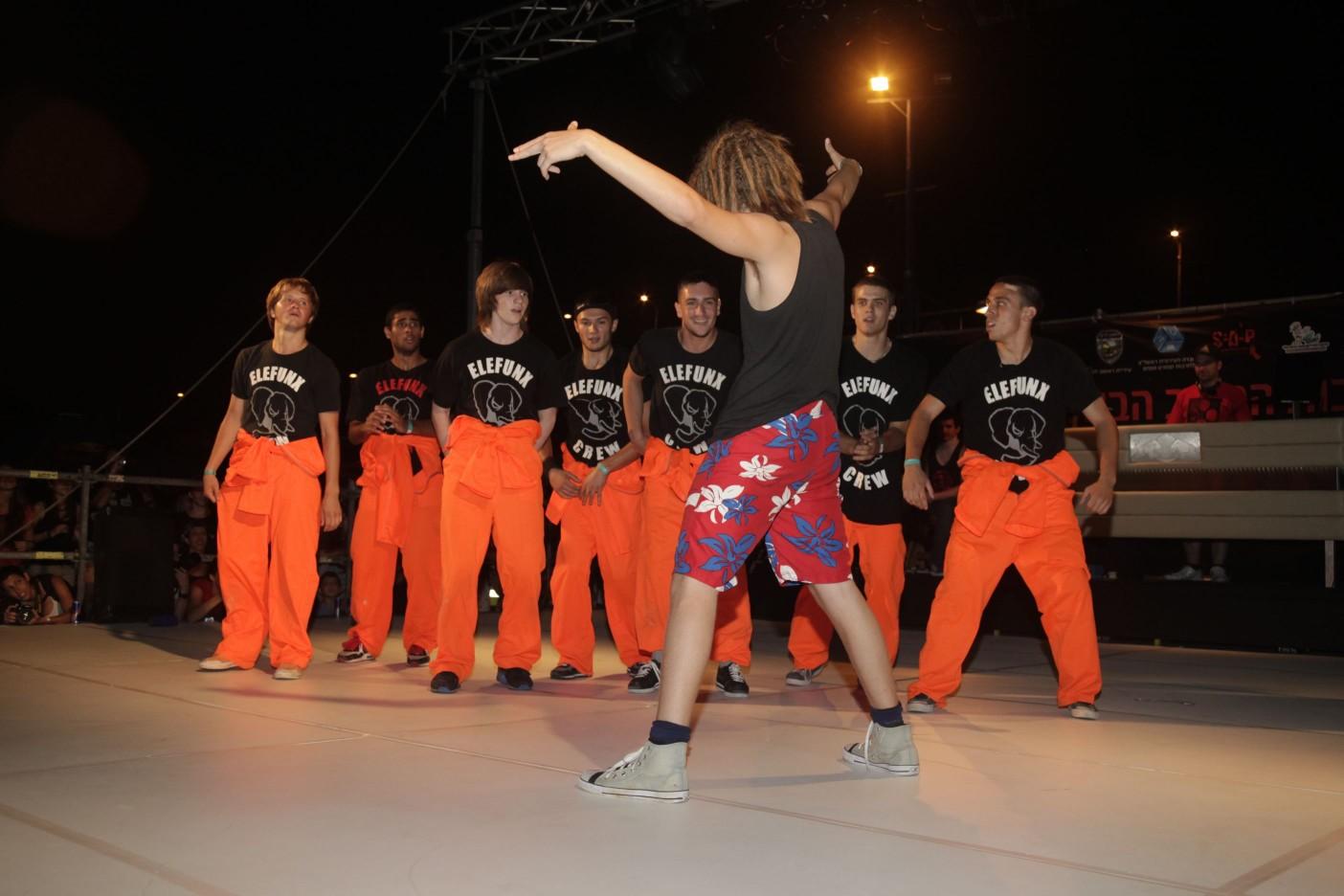 BOTY 2010 Elefunx Crew (54)