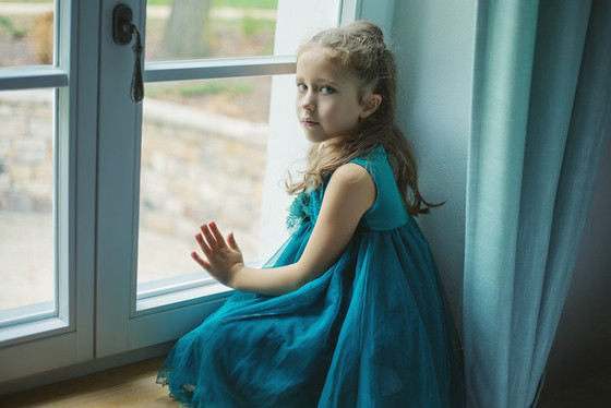 """The signs of childhood stress and depression in the """"New Normal"""""""
