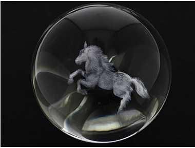 Cristal boule cheval