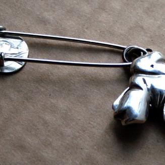Hip locket brooch 2011