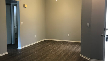 1+1 Upstairs Dining Room - 900 sq.ft.