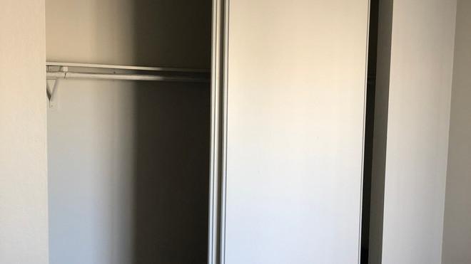 Upstairs 2+2 Master Closet - 1,050 sq.ft.