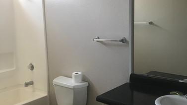 1+1 Downstairs Bathroom - 900 sq.ft.