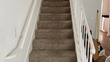 2+1.5 Townhouse - 950 sq.ft. -Stairs
