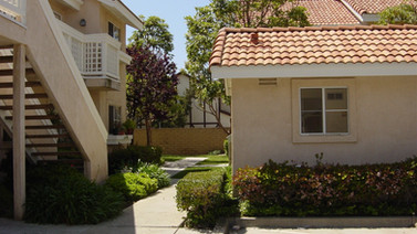 531 W. Wilson Street Costa Mesa, CA 92627