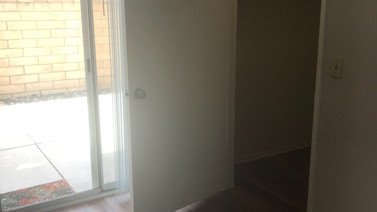 1+1 Downstairs Closet and Outside Patio - 900 sq.ft.