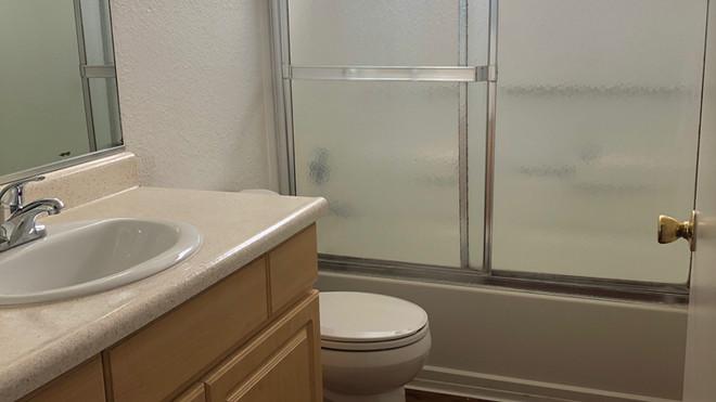 Downstairs 1+1 Bathroom - 1,025 sq.ft.