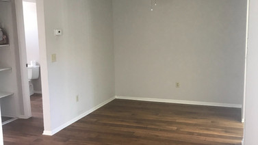 1+1 Downstairs Dining Room - 900 sq.ft.