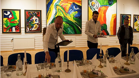 Team Storsjö kapell: Mats Lundberg, Christian Åslund and Pekka Ronkainen are preparing the vernissage dinner for the preview in Storsjö kapell 2017, foto © Ingrid Ronkainen.