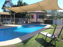 pool+back+cut.JPG