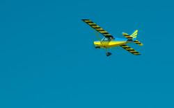 # - 343 - Blue & Yellow Decathlon