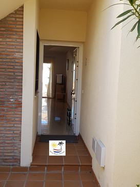 El Olivar - Entrance to the apartment