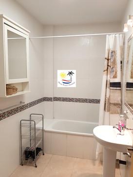 Capistrano Playa 411 - Bathroom