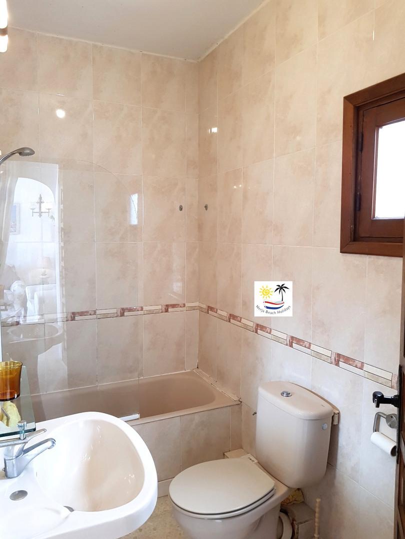 Capistrano Playa 503 - Bathroom
