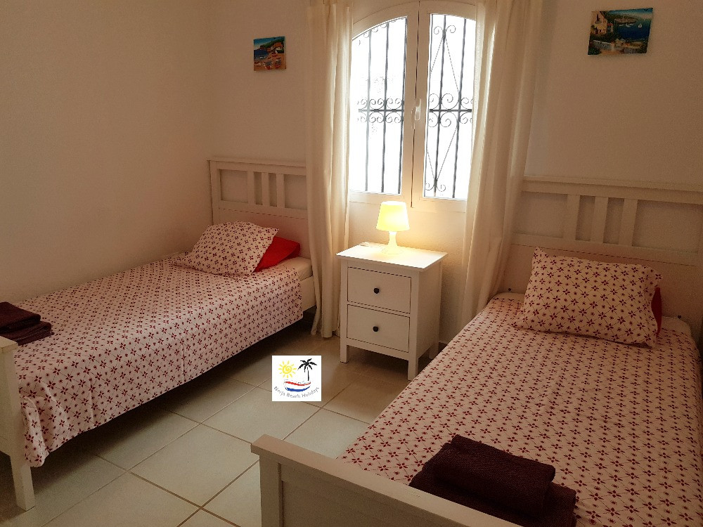 El Litoral - Twin Room