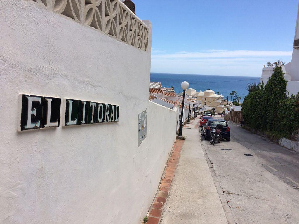 El Litoral - Street View