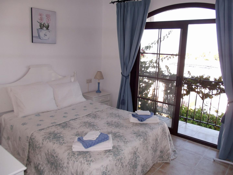 Pueblo Los Arcos - Master Bedroom