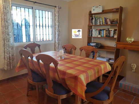 Villa Bouganvilla - Dining area