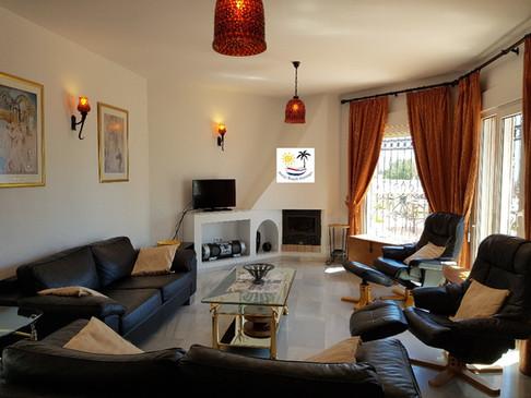 Villa Jossalan - Living Room