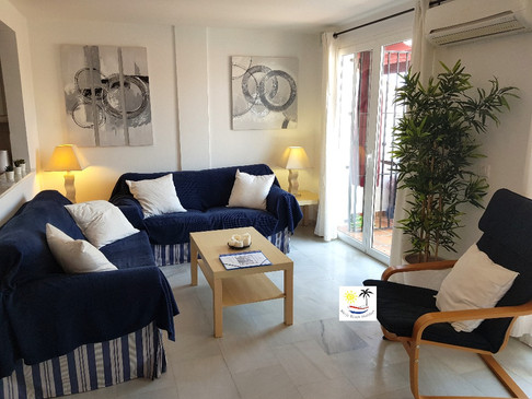 Aljamar 10b - Living room