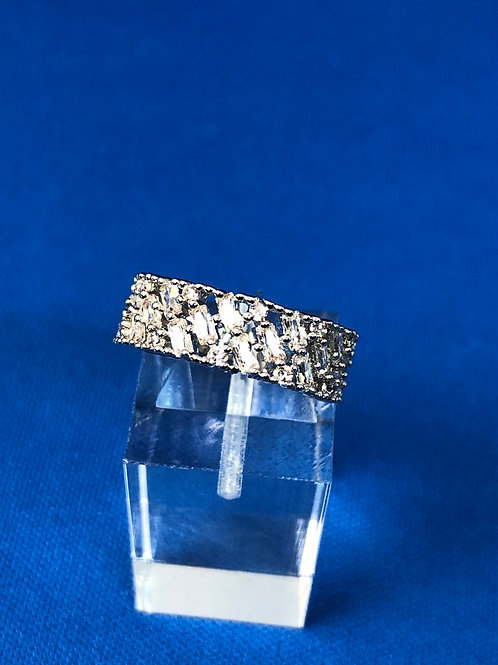 Cut Out Band Ring