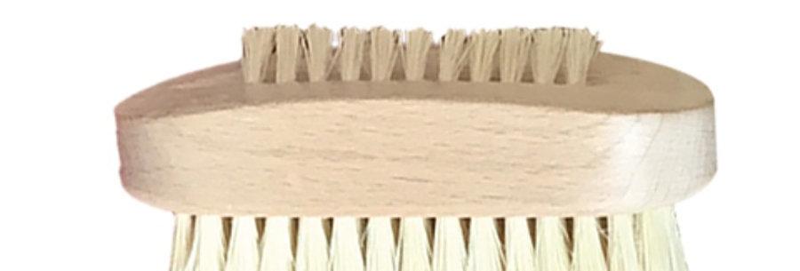 Spazzolino unghie con setole in cactus