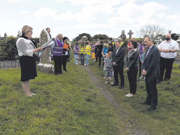 An Taoiseach Visits Crosshaven: 'Templebreedy Save Our Steeple' Project